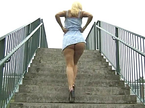 Hot upskirt action from down below