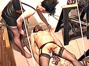 Kinky Housewife